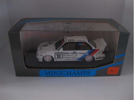 BMW M3 E30 Laffite #10 Team Bigazzi wit 1/43