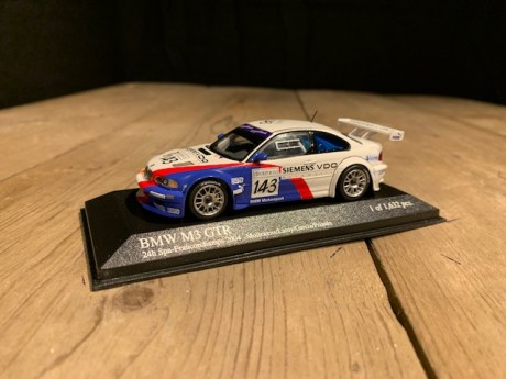 1:43 BMW M3 E46 GTR 24H Spa 2004 wit / blauw