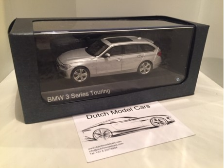 1:43 BMW 3 serie touring F31 Glasier Silver