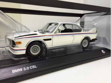 BMW 3.0 CSL wit 1/18 special edition