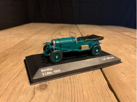 1:43 Bentley 3 litre groen 1924