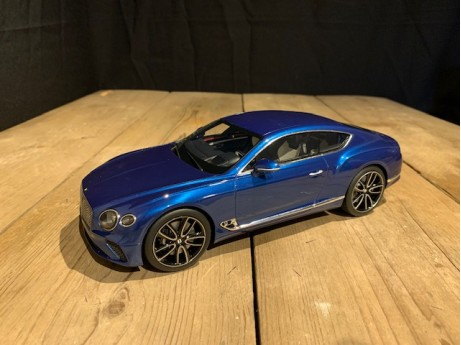 1:18 Bentley Continental GT Sequin Blue (True Scale)