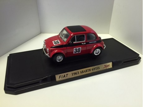 Fiat Abarth 695SS 1963 #38 rood 1/18