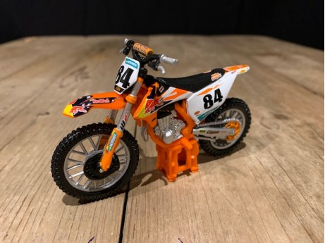 1:18 KTM SX 450 #84 JEFFREY HERLINGS RED BULL KTM SUPERCROSS Wereld Kampioen 2018