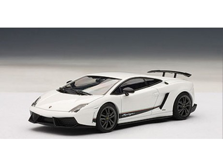 Lamborghini Gallardo LP570-4 Superleggera wit 1/43