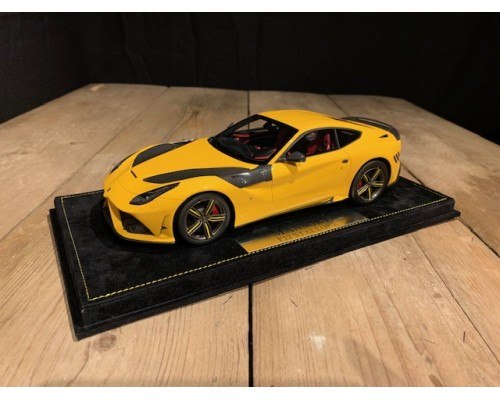 1:18 Mansory F12 Stallone geel