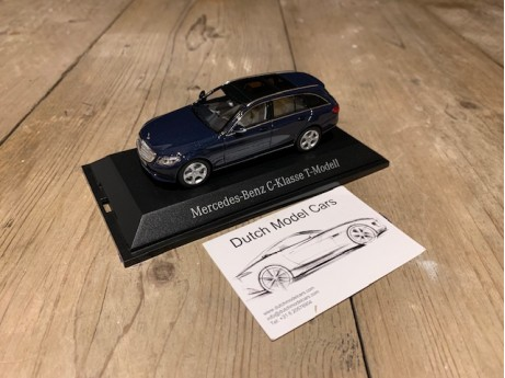 1:43 Mercedes-Benz S205 C-Klasse T model Cavansitblue