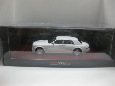 1:43 Rolls-Royce Phantom 2009 wit